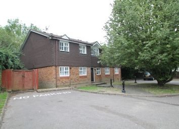 Thumbnail Studio to rent in Braemar Ave, Purley Oaks