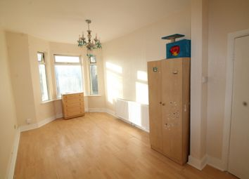 Thumbnail 3 bed flat for sale in Custom House, London
