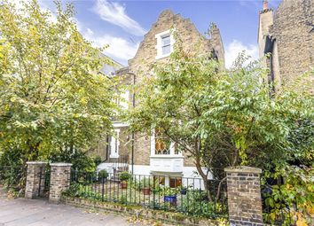 Thumbnail 4 bed terraced house for sale in De Beauvoir Square, London