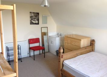 Thumbnail 8 bed shared accommodation to rent in Waverley Rd, Portsmouth, Hants