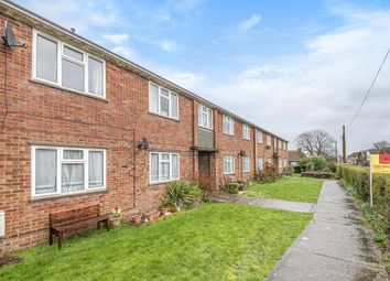 Thumbnail 2 bed flat for sale in Thatcham, Berkshire