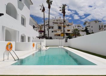 Thumbnail 3 bed apartment for sale in Spain, Andalucia, Nueva Andalucia, Ww746