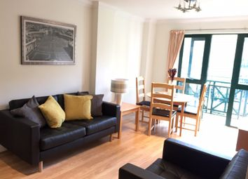 Thumbnail 2 bed flat to rent in Medway Street, London