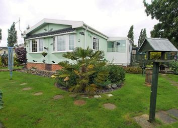 Thumbnail 3 bed mobile/park home for sale in Five Acres, Doncaster