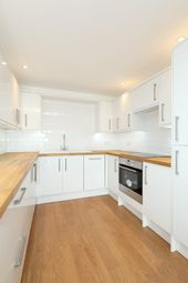 Thumbnail 2 bed duplex to rent in Poplar High Street, London, Canary Wharf