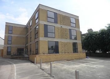 Thumbnail 1 bed flat to rent in Elwick Road, Ashford