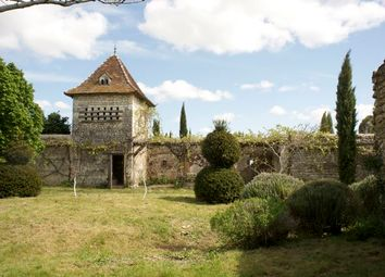 Thumbnail 5 bed farmhouse for sale in Touraine, Richelieu, Chinon, Indre-Et-Loire, Centre, France