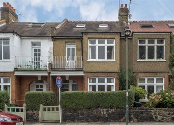 2 bed maisonette to rent in Moor Mead Road, St Margarets, Middlesex TW1
