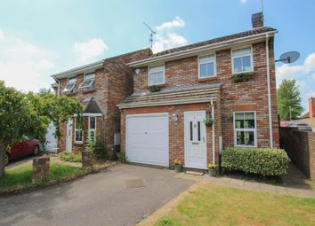 3 bed detached house for sale in Lakeside, Tring HP23