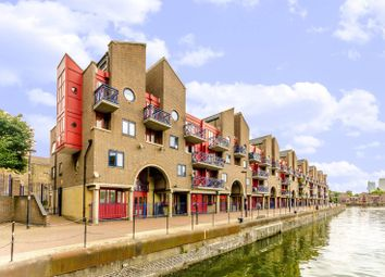 Thumbnail 2 bedroom flat for sale in Newlands Quay, Wapping, London