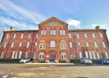 Thumbnail 2 bedroom flat for sale in Union Road, Portsmouth