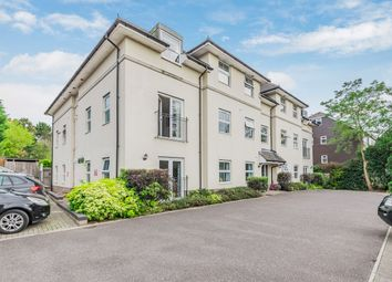 Barnhouse Close, Pulborough RH20. 2 bed flat