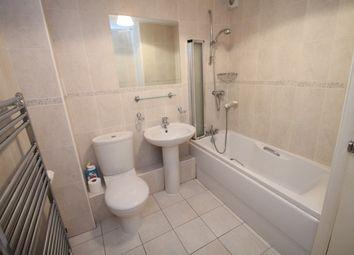 Thumbnail 2 bedroom flat to rent in Foxgrove Road, Beckenham