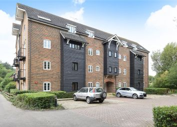 Thumbnail 2 bedroom flat for sale in Ridge House, Springwell Lane, Rickmansworth, Hertfordshire