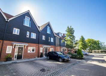 4 bed terraced house for sale in Schuster Close, Cholsey, Wallingford OX10