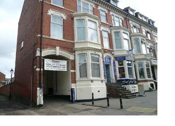 Thumbnail 5 bedroom flat to rent in Nimi Halls, Flat 3, 84 London Road, Leicester