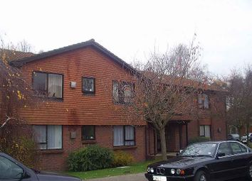 Thumbnail Studio to rent in Pelham Way, Bookham, Leatherhead