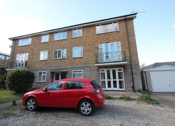 Thumbnail 2 bed flat to rent in Guys Cliffe Avenue, Leamington Spa, Warwickshire
