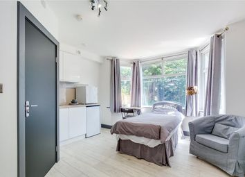 Dollis Hill Lane, London NW2. Studio to rent          Just added
