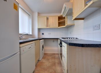 1 bed flat to rent in Hazelmere Road, Northolt, Middlesex UB5