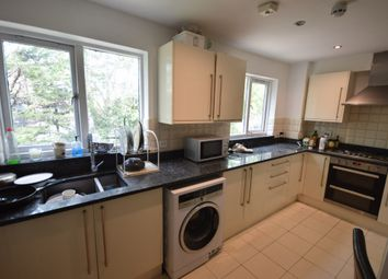 Thumbnail 4 bed flat to rent in Allendale Close, Camberwell