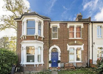 Thumbnail 2 bed flat for sale in Kempshott Road, London