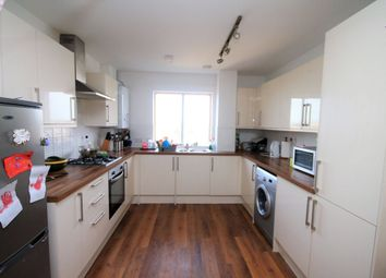 Thumbnail 3 bed flat to rent in Station Parade, South Street, Romford