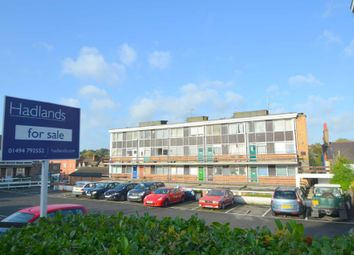 Thumbnail 3 bed duplex for sale in Broad Street, Chesham
