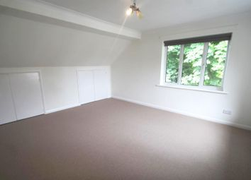 Thumbnail 3 bed flat to rent in Brighton Road, Horley