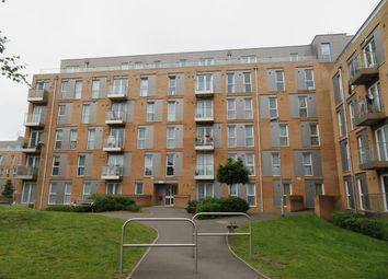 Thumbnail 2 bedroom flat to rent in Pontes Avenue, Hounslow