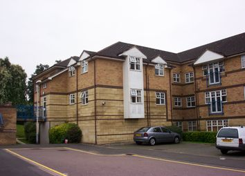Thumbnail 1 bed flat to rent in Barons Ct, Earlsmeade, Luton, Beds