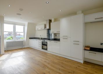 2 bed maisonette to rent in Torriano Avenue, Kentish Town, London NW5