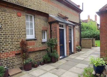 Thumbnail 1 bed property to rent in Calton Avenue, London