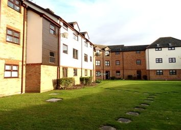 Thumbnail 2 bed flat to rent in Templemead, Witham