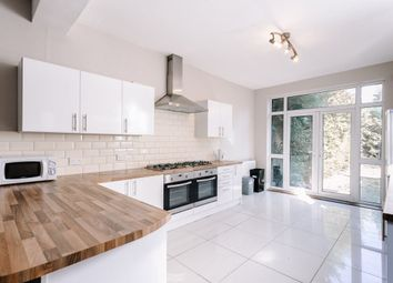 Thumbnail 6 bed shared accommodation to rent in Beresford Avenue, Beverley Road, Hull