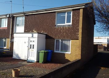 2 bed flat to rent in Holystone Close, Blyth NE24