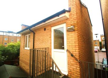 Thumbnail Room to rent in Malkin Way, Watford