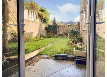 Market Street, Ventnor PO38. 2 bed flat for sale