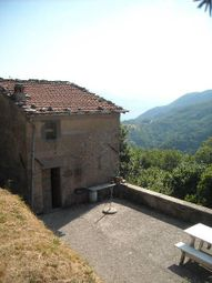 Thumbnail 3 bed property for sale in 55027 Gallicano Lu, Italy