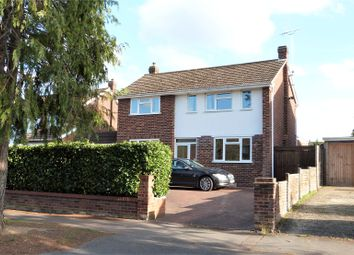 Thumbnail 3 bed detached house to rent in Nightingale Road, Woodley, Reading, Berkshire