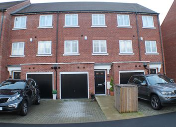 Thumbnail 4 bed town house to rent in Ravens Dene, Chislehurst