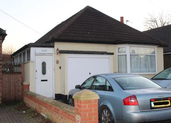 Thumbnail 2 bed bungalow to rent in Gordon Avenue, Hornchurch, Essex
