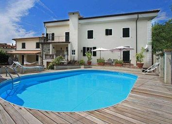 Thumbnail 7 bed villa for sale in 54021 Bagnone Ms, Italy