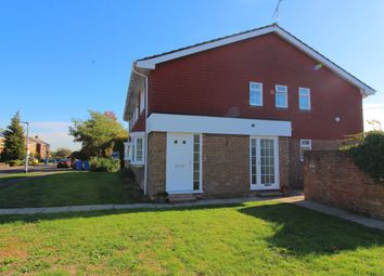 Thumbnail 2 bed flat to rent in Briar Dene, Maidenhead