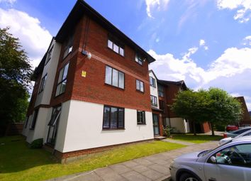 Thumbnail 2 bed flat to rent in Green Lane, Addlestone