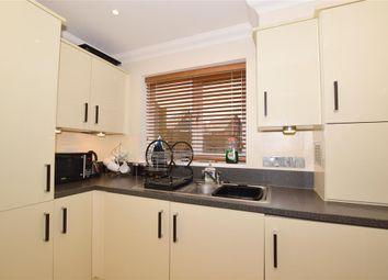 2 bed flat for sale in Redwing Close, Hawkinge, Folkestone, Kent CT18