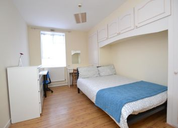 Room to rent in Southcott House, Devons Road, Bow, London E3