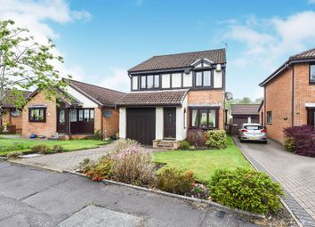Thumbnail 3 bed detached house for sale in Victoria Gardens, Kilmacolm