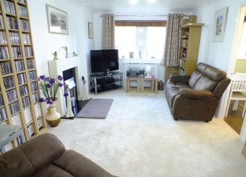 2 bed flat for sale in Holmwood, Park Crescent, Roundhay, Leeds LS8