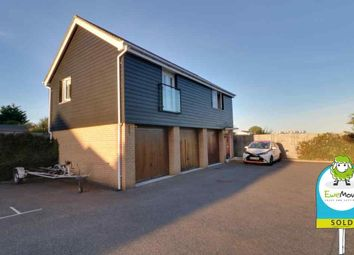 Thumbnail 2 bedroom detached house for sale in Zeus Road, Southend-On-Sea